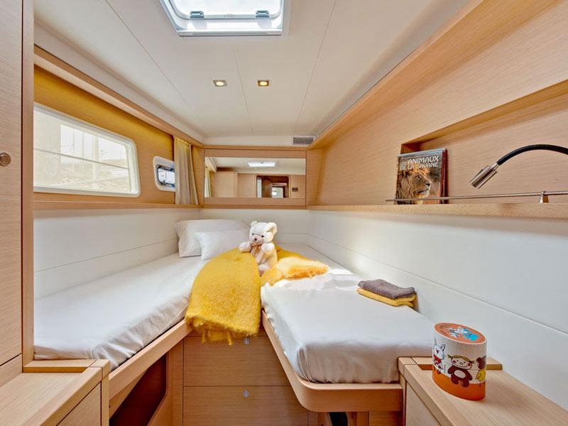 Lagoon 450-dbl cabin 2